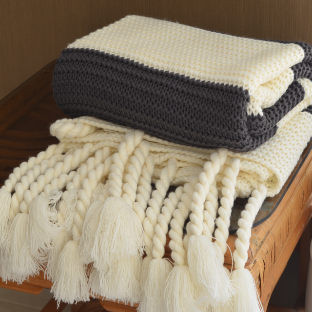 Luxuriou Chunky Knit Throw Blanket In Charcoal And Cream Stripe Amazing Cream Chunky Throw Blanket